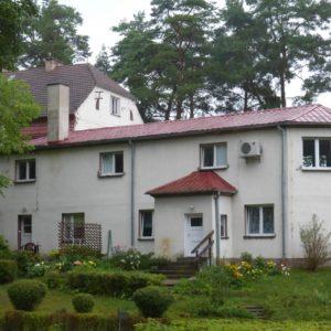Budynek zamieszkania zbiorowego, Mikołajki
